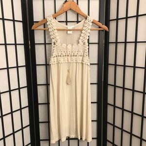 Charlotte Russe Crochet Lace Sleeveless Top Size L